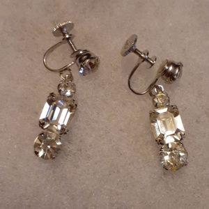 Beautiful vintage coro earrings
